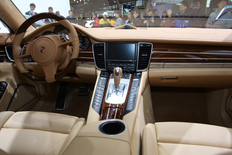 Porsche Panamera. Foto: Auto-Medienportal.Net/Manfred Zimmermann