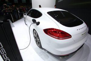 Porsche Panamera für die Steckdose