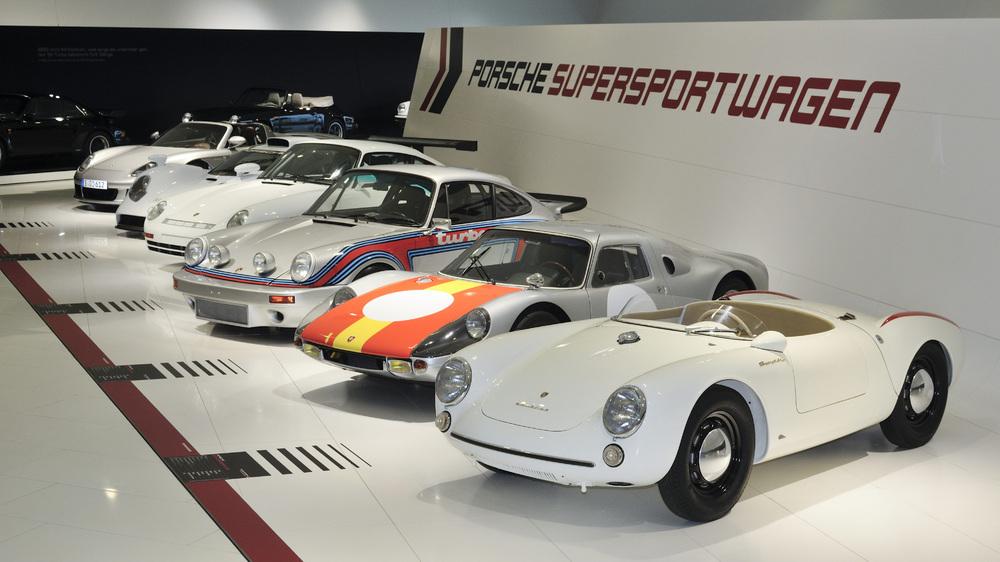 60 Jahre Supersportwagen_02